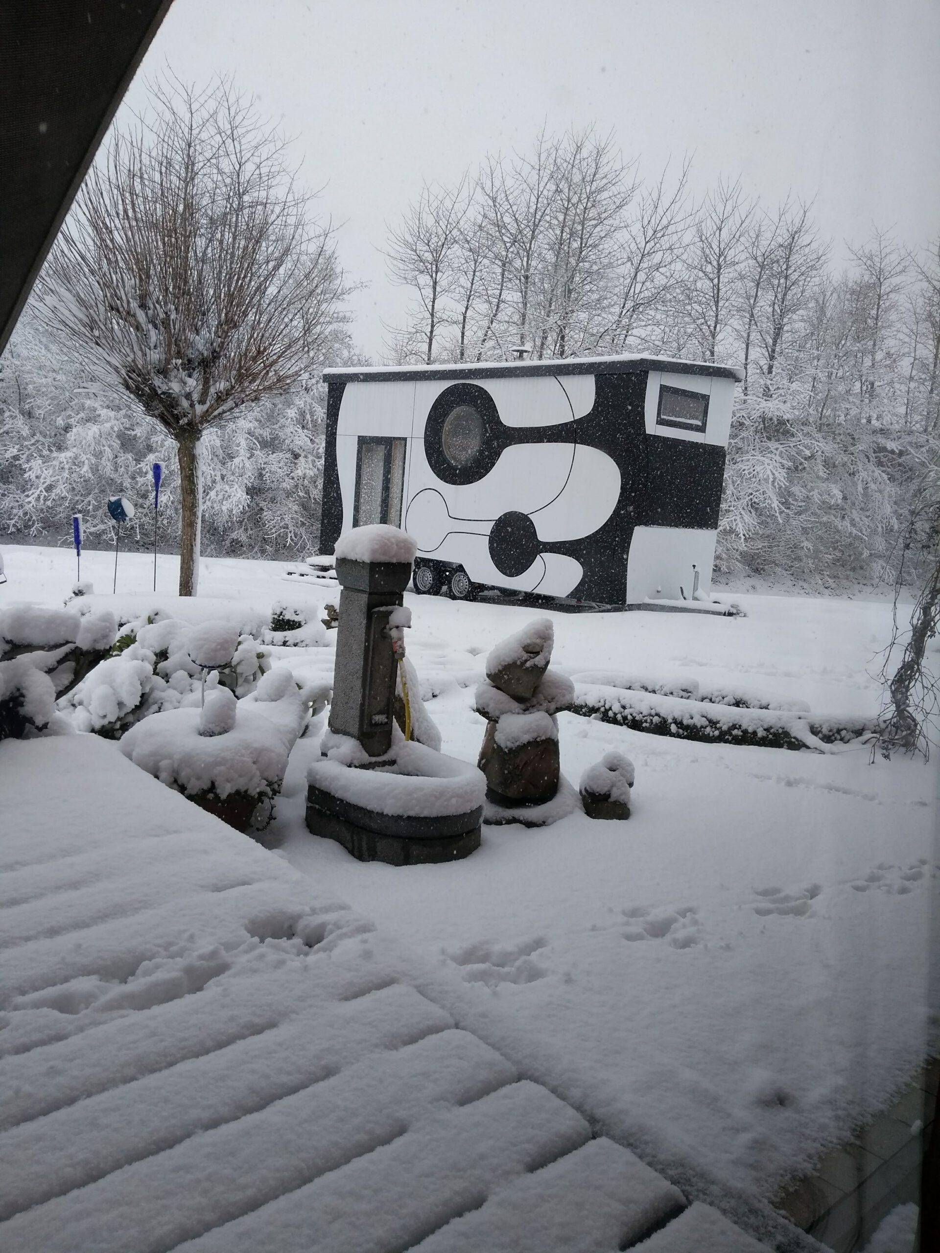 Winzhaus im Winter